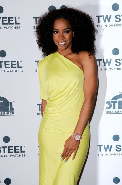 kelly 54 rowland Hot Shots: Kelly Rowland Beams Down Under