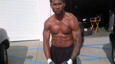 Hot Shots: Usher Shows Off Sweat-Soaked Body