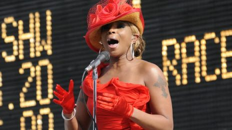 Watch:  Mary J. Blige Dazzles The Derby With the U.S. National Anthem