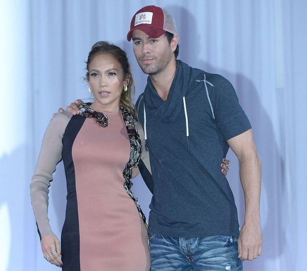 Jennifer Lopez Hollywood Press Conference Watch: Jennifer Lopez & Enrique Iglesias Explain World Tour