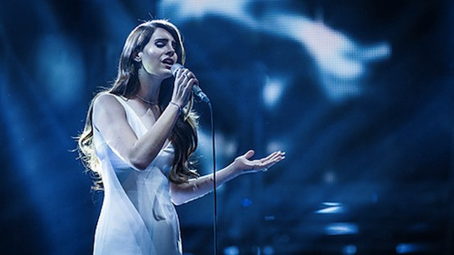 Lana Watch: Lana Del Rey Performs Blue Jeans On The Voice (UK)