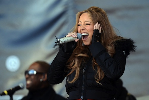 MC Belt Mariah Carey Mimes Without You On Top Of The Mountain