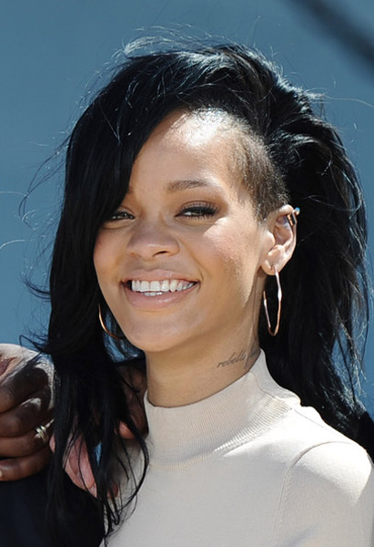 Rihanna Battleship HAWAII Rihanna Defends Chris Brown Reunion: Im Living In My Truth