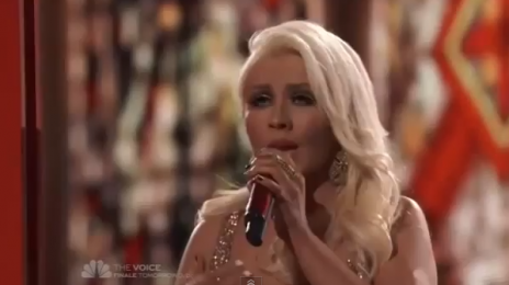 Watch:  Christina Aguilera Tackles 'The Prayer' on 'The Voice'