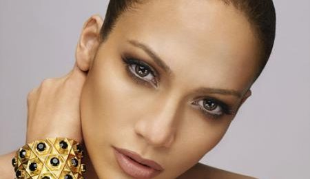 Jennifer Lopez 'Goes In' On American Idol Finale