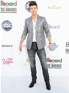 bbma14 Billboard Music Awards 2012: Red Carpet Arrivals