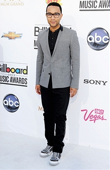 bbma15 Billboard Music Awards 2012: Red Carpet Arrivals