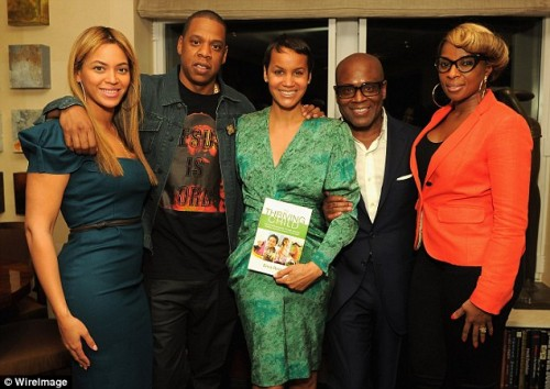beyonce jay mary e1336565390981 Hot Shots: Beyonce, Jay Z, Mary J & LA Reid Pose At Book Launch