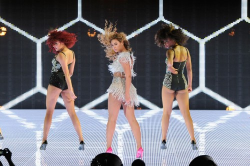beyonce revel atlantic city comeback e1338144557768 Back To Business: Beyonce Continues To Rock Revel