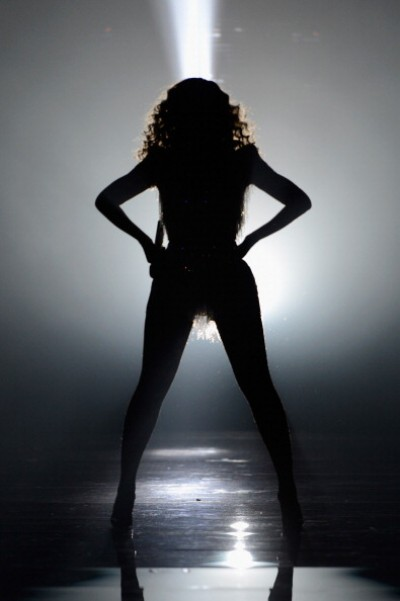 beyonce shadow e1338301886808 Beyonces Birthday Surprise