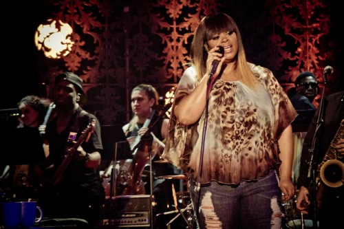 Watch: Jill Scott Rocks VH1 Storytellers