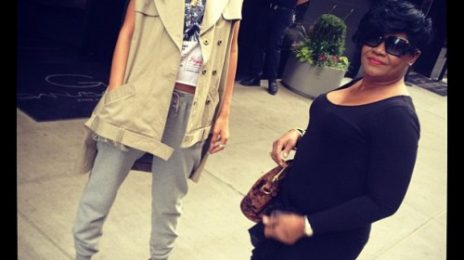 Rihanna & Kelly Rowland Celebrate Mother's Day With Their Moms
