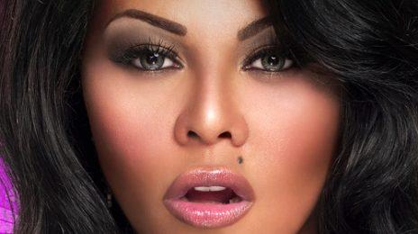 Azealia Banks Hints At Lil Kim Snub / Unfollows Her On Twitter