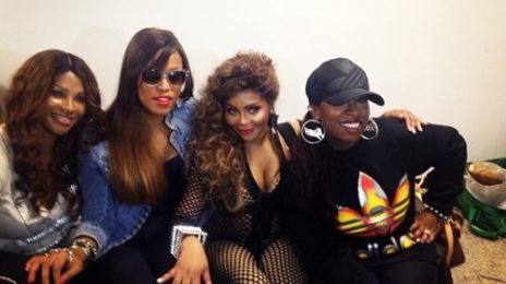 Watch: Lil Kim, Missy Elliott & Eve Perform 'Hot Boyz'