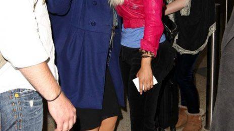 Hot Shots:  Nicki Minaj Jets To Sydney