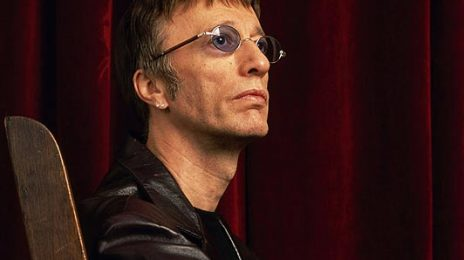 The Bee Gees: Robin Gibb Dies