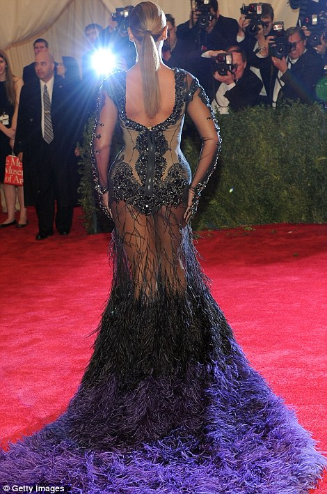 Beyonce MET GALA 4 Hot Topic: What Makes An Icon?