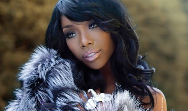 Brandy  Must See: Brandy Moved By Whitney Houston On HLN