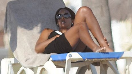 Hot Shots: Kelly Rowland Sizzles In Barcelona