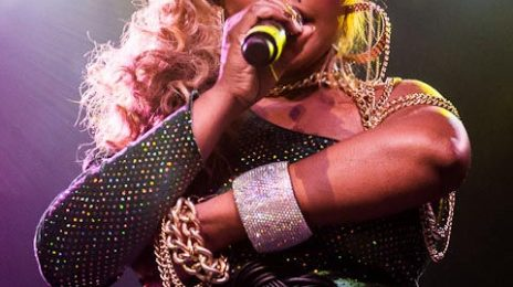 Hot Shots: Lil Kim Shimmers In Texas