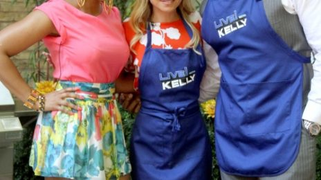 Ashanti Shows Off Grill Skills 'Live with Kelly'