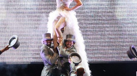 Hot Shots: Jennifer Lopez Whips Up A Frenzy At Pop Music Fest