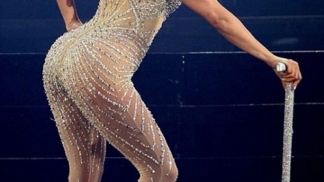 Jennifer Lopez Kicks Off 'Dance Again Tour'
