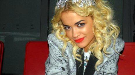 Hot Shots: Rita Ora Teases Backstage At Coldplay Show