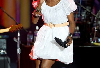 Lauryn Hill Wows Fans At '4th Of July Jam'