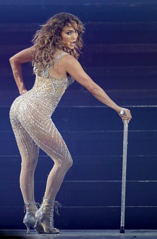 jennifer lopez idol 1 e1342229666996 Competition: Win Tickets To See Jennifer Lopez Live In London!