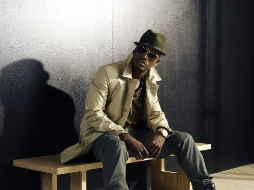 neyo new green e1342137639449 Ne Yo Barks Back At Claims He Has Gone Pop / That Grape Juice Weighs In