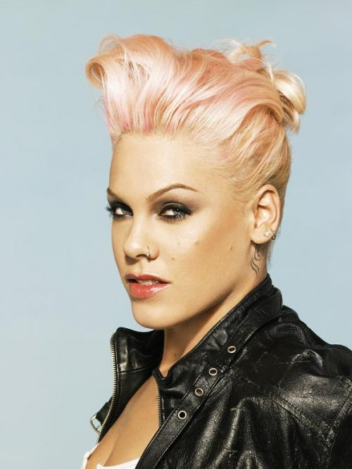 pink  Watch: Pink Soars For Z100