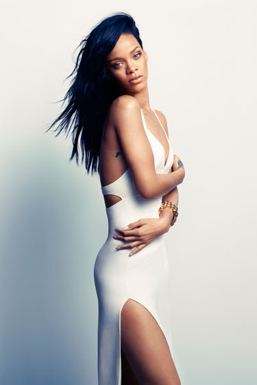 rihanna harpers Must See: Rihanna Covers Harpers Bazaar / Opens Up On Chris Brown Heartbreak