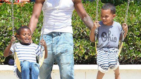 Hot Shots: Usher Enjoys Family Time In Malibu