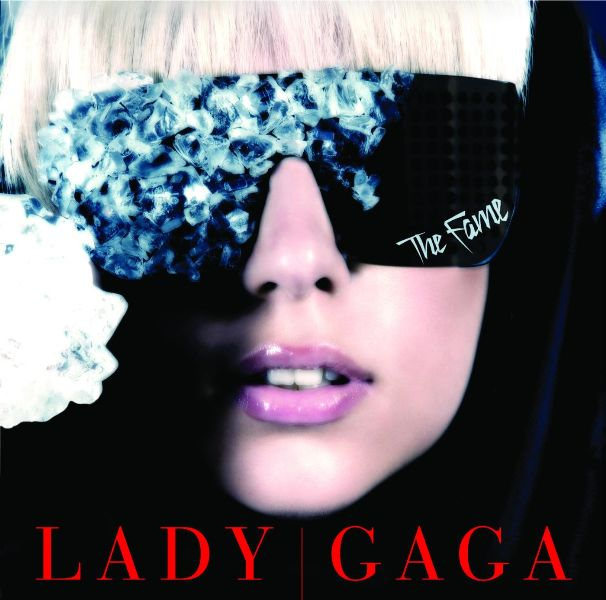 LADY GAGA THE FAME Hot Topic : Is Lady GaGas The Fame A Classic?