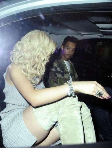 RITA ORA MAHIKI 3 Hot Shots: Rita Ora Kicks It At Mahiki