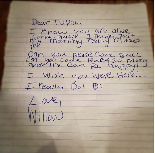 WILLOW SMITH TUPACLETTER Must See: Willow Smith Writes Letter To Tupac