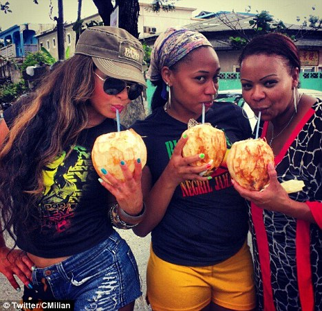 christina milian and friends enjoy coconuts in jamaica Hot Shots : Christina Milian Scorches In Jamaica