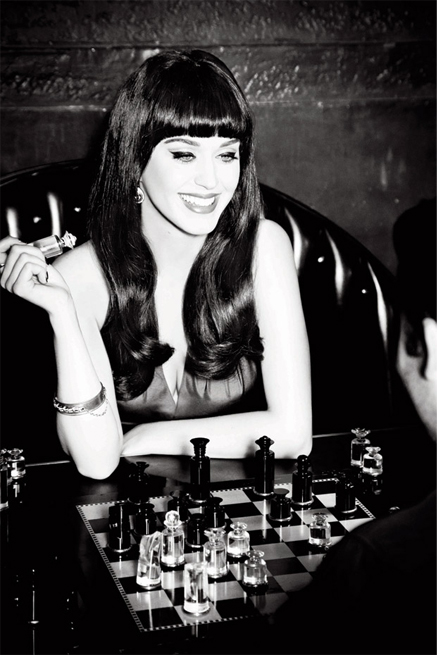 katy perry ghd1 Hot Shots:  Katy Perrys Pretty Poses For GHD