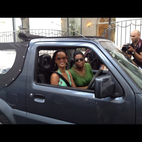 oprah rihanna e1344123760122 Hot Shot: Rihanna Drives Around Barbados...With Oprah