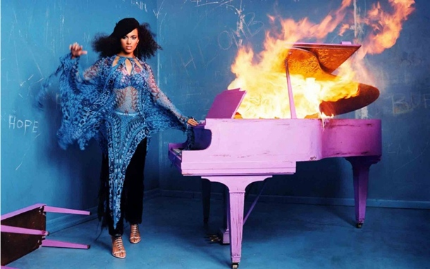 ALICIA KEYS GIRL ON FIRE PROMO THAT GRAPE JUICE