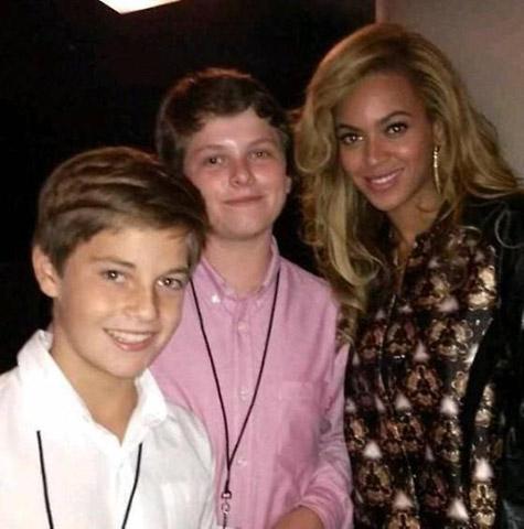 BEYONCE BARCLAYS OPENING Beyonce Beams At Barclays Grand Opening