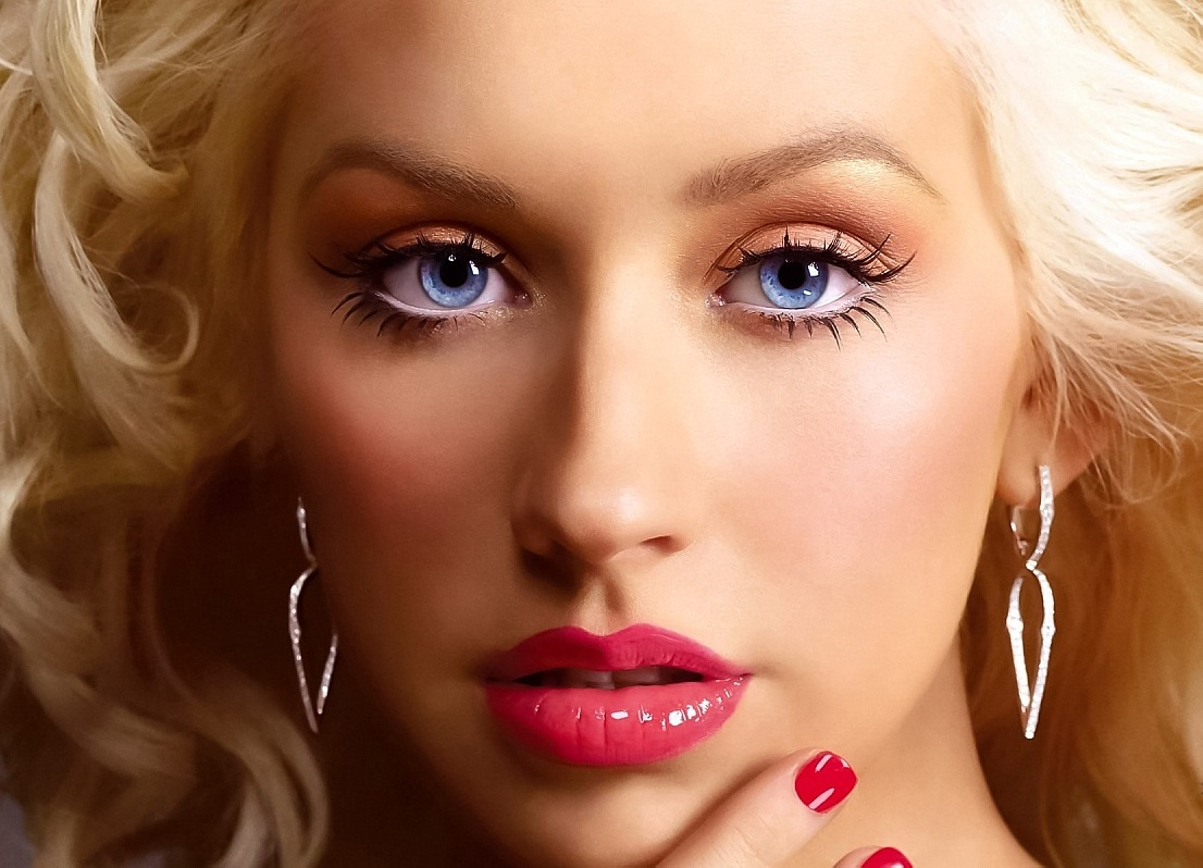 CHRISTINA AGUILERA THAT GRAPE JUICE 1
