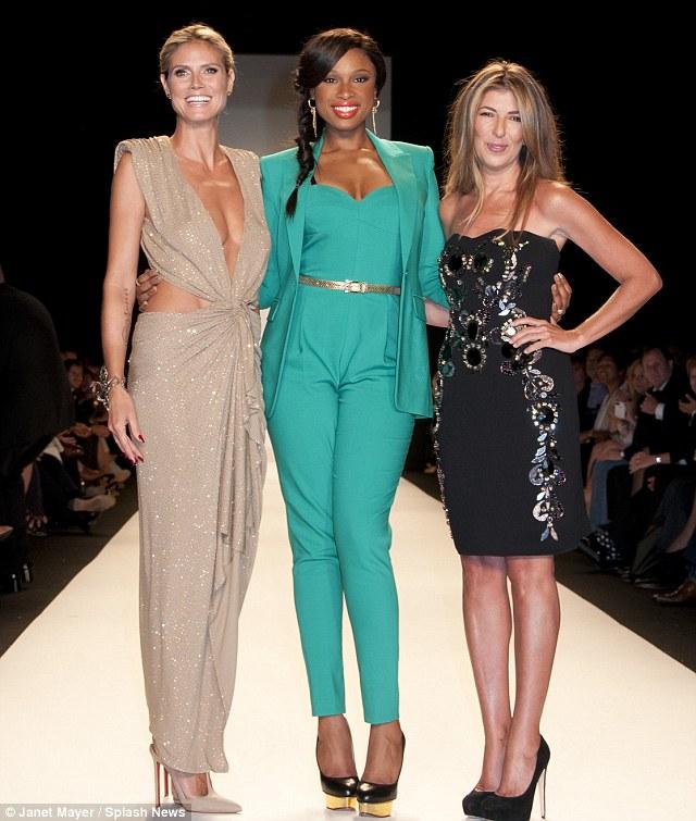 Tyra Banks Project Runway: Hot Shots: Jennifer Hudson Beams On 'Project Runway