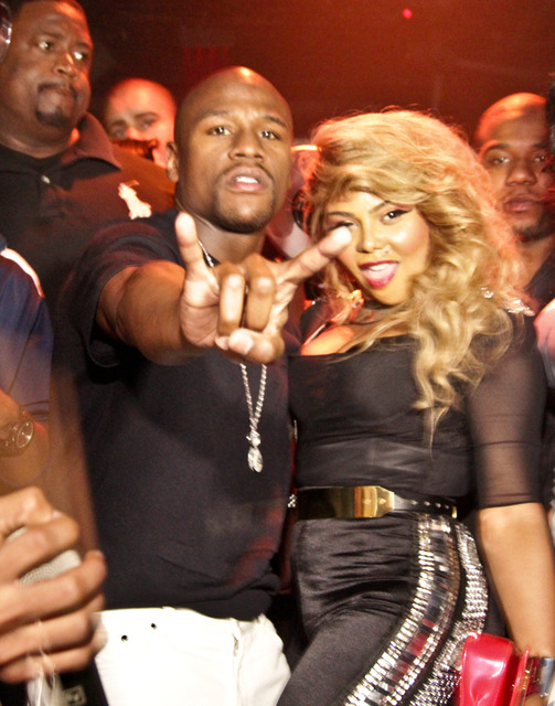 LIL KIM LIFE NIGHTCLUB1 Hot Shots: Lil Kim Rocks Bet Hip Hop Awards After Party