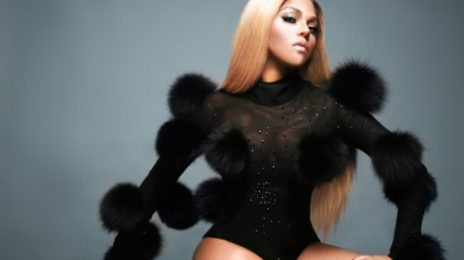 Watch: Lil Kim Soars At 'Opening Ceremony' Gig