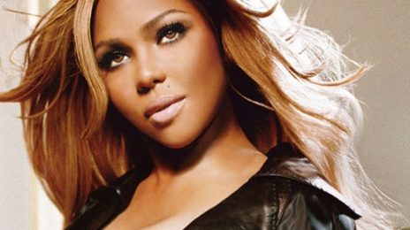 Watch: Lil Kim Live At 'Opening Ceremony'