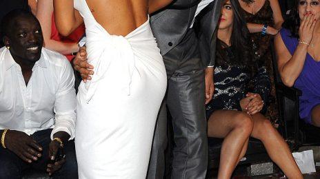 Hot Shots: More From Rihanna & Chris Brown's VMA Reunion