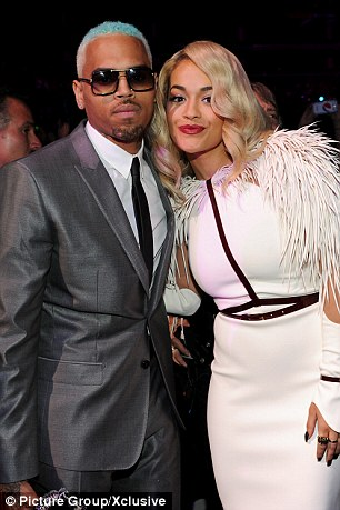 RITA ORA CHRIS BROWN VMAS TGJ Hot Shots: Chris Brown Enjoys VMAs With Rita Ora