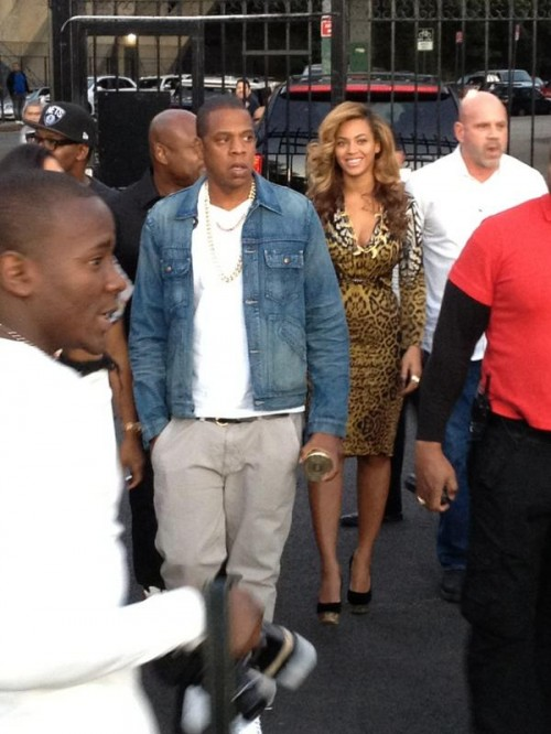 beyonce jay la marina e1348444965116 Must See: Beyonce & Jay Z Spotted In New York